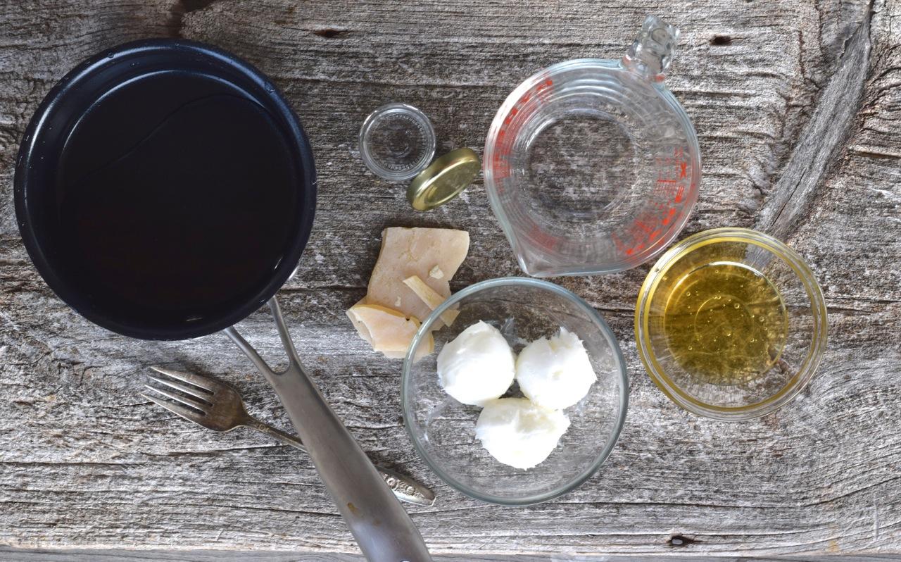 Honey & Lard Lip Repair Cream (Lip balm made with lard and honey) Ingredients   Whole-Fed Homestead