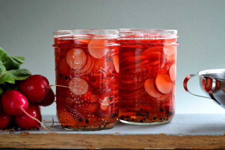 pickled-radishes-1024x683-750x500