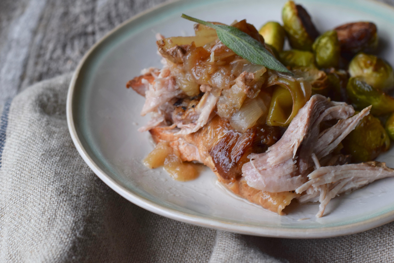 Apple, Onion & Sage Pulled Pork {slow cooker recipe}
